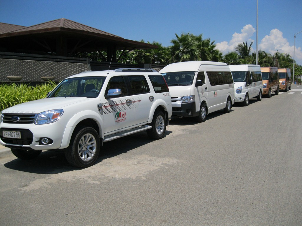 Nhatrang to Saigon by private car