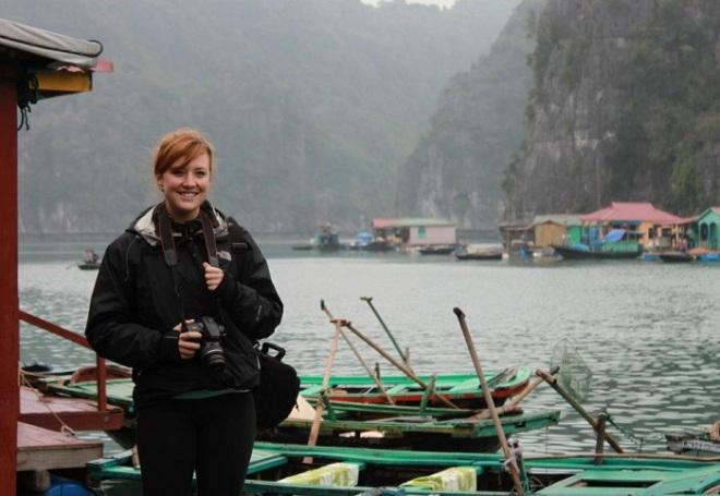Halong bay day tour -Viet Nam natural culture tour