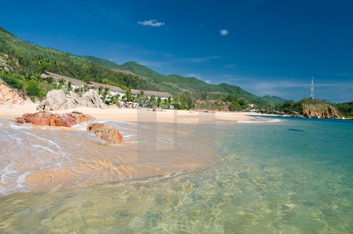 Luxury car Nhatrang to Quy Nhon
