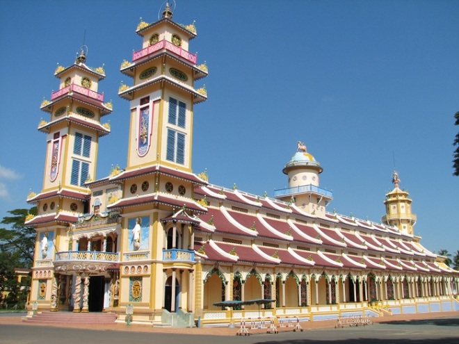 Saigon to Cu Chi Tay Ninh