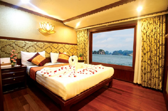 Halong overnight on Oriental Sails Cruise