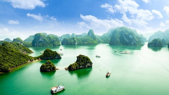 Hanoi luxury car to Halong bay