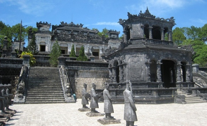 Hue Day Tours