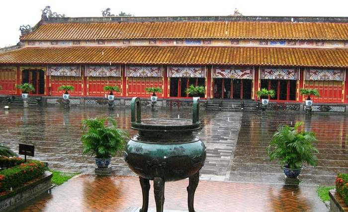 Hue History Full Day Tour