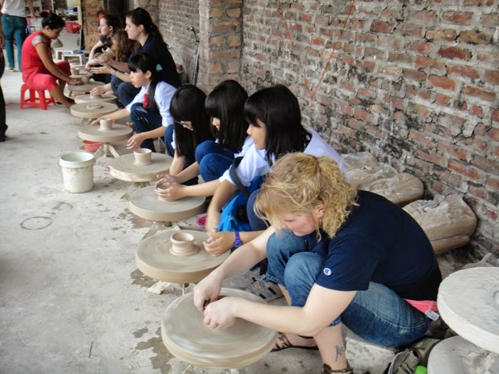 Bat Trang Ceramic Village Tour